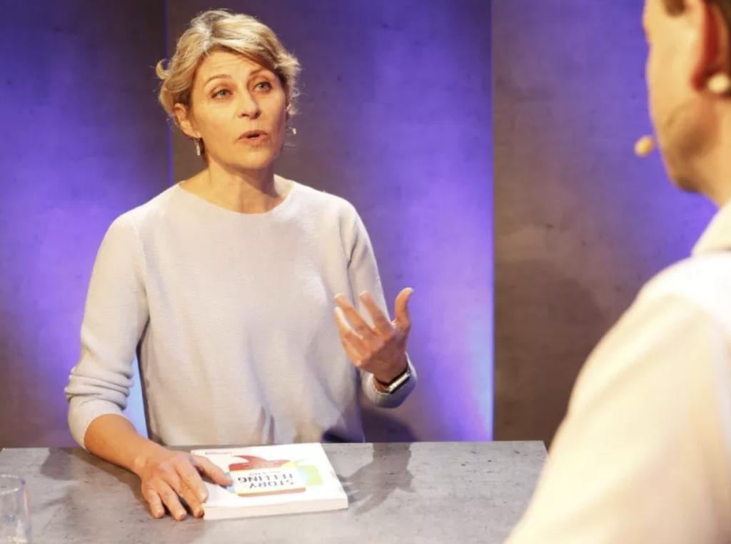 Franziska Vonaesch, Kommunikationsfachfrau, Buchautorin und Dozentin, im Talk mit ZT-Chefredaktor Philippe Pfister
